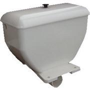 Бачок белый пластиковый с арматурой, бок подвод